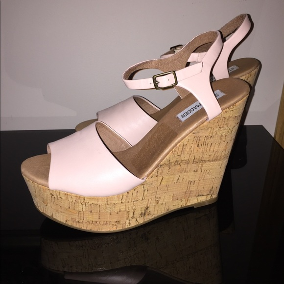 d29eac6534a Steve Madden Korkey in Pink. M 5acd96193afbbd06748c1e2b